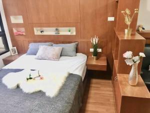 For RentCondoSathorn, Narathiwat : B435-B255 Condo for rent, Lumpini Place Narathiwat 24, size 30 sq.m., 4th floor, balcony, beautiful view, pool view, beautiful decoration.