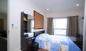 For RentCondoWongwianyai, Charoennakor : 🚩🚩For Rent Q House Sathorn !!! ✨2 bedrooms 63sqm @18,000 Baht !!! 0 meter to Krungthonburi , Near ICON SIAM✨