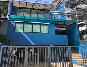 For RentTownhouseSapankwai,Jatujak : ให้เช่าทาวน์โฮม / Home Office 3 ชั้น เล่นระดับ ซอยลาดพร้าว 41 ซอยภาวนา ตกแต่งสวย เฟอร์นิเจอร์ครบ จอดรถได้ 2 คัน แอร์ 7 เครื่อง อยู่อาศัย หรือเป็นสำนักงาน จดบริษัทได้