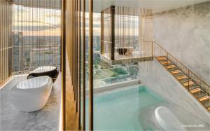 "For SaleCondoWitthayu,Ploenchit  ,Langsuan : 💥28 Chidlom💥 Super Luxury Condo from SC ASSET on Super Prime Location ""CHIDLOM"" CBD of Bangkok 🔥147 sq.m. 47MB🔥 RARE ITEM!! 📲Tel/Line: K.Bo 094-1624424"