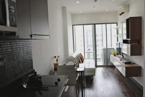 เช่าคอนโดราชเทวี พญาไท : For rent ! คอนโดติดรถไฟฟ้าพญาไท Ideo Q Phayathai (ไอดีโอ คิว พญาไท) 1 bed 41 ตร.ม ชั้นสูง ราคา 18,000 บาท/เดือน ฟลูเฟอร์ตกแต่งครบ