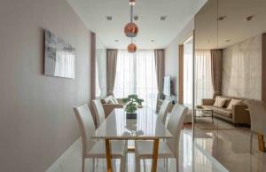 เช่าคอนโดนานา : 💕 ให้เช่าคอนโด Hyde Sukhumvit 11 ราคาต่อรองได้ ตกแต่งสวย 2 ห้องนอน 2 ห้องน้ำ ใกล้ BTS นานา ขนาด 62 ตรม. ชั้น 26 เข้าอยู่ได้เลย