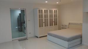 เช่าคอนโดสีลม ศาลาแดง บางรัก : Silom Suite Condo For Rent, Fully Furnished , High Floor with nice view