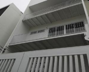 For RentHome OfficeRatchadapisek, Huaikwang, Suttisan : 3-storey townhome for rent, Soi Udomkiat Sutthisan, near MRT Sutthisan, 4 air conditioners, new renovate, registered company