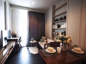 For RentCondoSukhumvit, Asoke, Thonglor : 🔥EDGE Sukhumvit 23 🔥 Nicely decoration , high floor ,ready to move in //Ask more info@Rabbitcondo