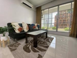 For RentCondoRatchathewi,Phayathai : For Rent: Big room 84 sq.m. with 2 bedrooms, 2 bathrooms @ Baan Klang Krung Siam-Pathumwan