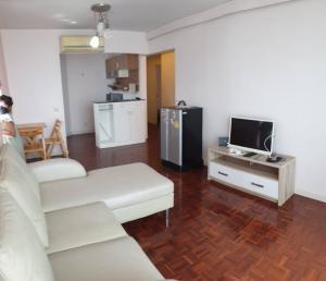 For RentCondoChaengwatana, Muangthong : Condo for rent, Victoria Lakeview, Muang Thong, 2 bedrooms, Building 2