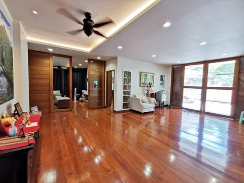 ขายบ้านโชคชัย4 ลาดพร้าว71 : 6407-068 ขาย  บ้าน ลาดพร้าว 4ห้องนอน จอดรถ5 คัน หน้าบ้านหันทิศเหนือ สภาพดี เฟอร์ครบ