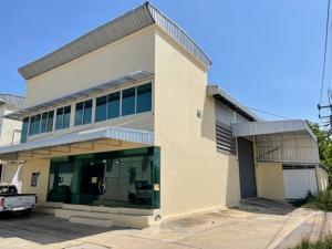 เช่าโกดังพระราม 2 บางขุนเทียน : For Rent ให้เช่าโกดัง พร้อมสำนักงาน พื้นที่รวม 400 ตารางเมตร ซอยเทียนทะเล เข้าซอยไม่ลึก ถนนพระราม 2 เหมาะเป็นโกดังเก็บสินค้า พร้อมสำนักงาน