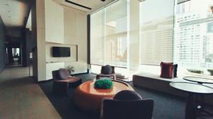 For RentCondoRatchathewi,Phayathai : Luxury Duplex 2-BR for Rent next to BTS Ratchatewi @Pyne by Sansiri