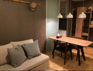 For RentCondoPattanakan, Srinakarin : 🎯 U Delight Residence Phatthanakan-Thonglor !! Spacious room, beautiful decoration, fully furnished, arranged in proportion !! Like to negotiate on the job. (T00050)