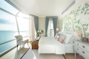 ขายคอนโดพัทยา บางแสน ชลบุรี : 🔥 SUPER HOT! 🔥 FOR SALE Reflection Jomtien Beach Pattaya (3 Bedrooms) New Renovate, Beautiful decoration and READY TO MOVE IN!!!!