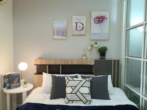 ขายคอนโดบางนา แบริ่ง : Regent home 7/2 ละเอียดเพิ่มเติมราคาถูก Regent Home 7/2 คอนโดบางนา ราคา 1,490,000บาทสนใจปรึกษาสินเชื่อฟรีนะคะติดต่อเล็กๆ 089-988805831 ตารางเมตร - 1 ห้องนอน อาคาร G  ชั้น 4 ส่วนกลาง 20 บาทต่อตรม เฟอร์นิเจอร์ และครื่องใช้ไฟฟ้า- แอร์ 1 ตัว , ทีวี, เครื่องทำ