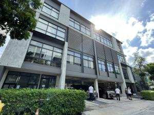 """For RentOfficeYothinpattana,CDC : Rental / Selling : Office in Ram Intra ( 10 mins to Thonglor ) , Lardprow """" The Scene Town In Town"""" , 4 Floors , 123 sqw , 969 sqm , 12-15 Parking lot 🔥🔥Rental Price : 600,000 THB / Month 🔥🔥🔥🔥Selling Price : 110,000,000  THB 🔥🔥"""