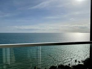 For SaleCondoPattaya, Bangsaen, Chonburi : คอนโดหน้าหาดจอมเทียน ขายด่วน5.88 ล้าน