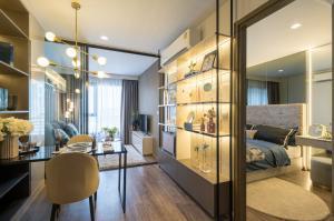 ขายดาวน์คอนโดลาดพร้าว เซ็นทรัลลาดพร้าว : ขาดทุนหนักมากกก !! ดีลดีที่สุด Life Ladprao Vallety ซื้อตรงกับโครงการ ห้อง 35 ตรม / 088-698-7956 คุณอีน พนักงานขาย