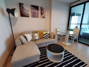 เช่าคอนโดลาดพร้าว เซ็นทรัลลาดพร้าว : Condo for RENT at Life @ลาดพร้าว 18 ชั้น 8 ห้อง ขนาด 40 ตร.ม. 1ห้องนอน 1ห้องน้ำ วิวสวนสวย ค่าเช่า 13,500 บาท/เดือน