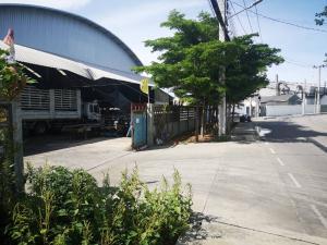 For SaleFactorySamrong, Samut Prakan : Factory for sale, size 3 rai 10 square wa, Tai Ban Subdistrict, Mueang Samut Prakan, price 42 million, call 082 649 9822.