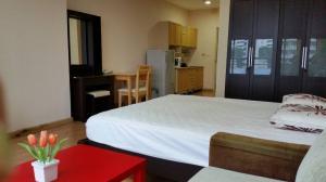 เช่าคอนโดสีลม ศาลาแดง บางรัก : ให้เช่า คอนโดสีลม แกรนด์ เทอเรส 1 ห้องนอน 40 ตรม. ชั้น 5