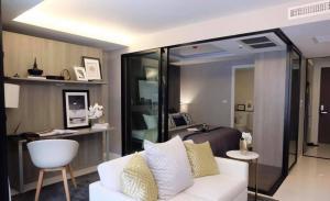 For RentCondoNana, North Nana,Sukhumvit13, Soi Nana : For rent, Circle REIN, Sukhumvit 12, 2nd floor, spacious room, fully furnished, near Terminal 21 and Asoke intersection.