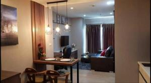 For RentCondoSukhumvit, Asoke, Thonglor : Condo for rent Noble Remix, fully furnished, ready to move in.