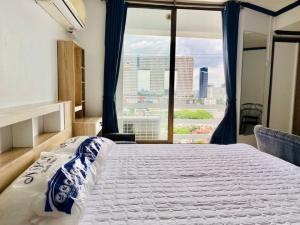 For RentCondoLadprao, Central Ladprao : Near BTS Phahon Yothin 600 m. Four street mansion, best price, 1 bedroom, beautiful room, new renovation, high floor, city view, elephant building near Central Ladprao Close to BTS and MRT