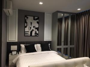 For RentCondoRama9, RCA, Petchaburi : Life Asoke-Rama 9 for Rent Studio