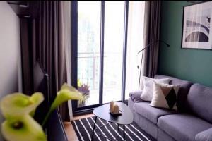 For RentCondoSapankwai,Jatujak : The Line Phahon-Pradipat for rent, beautiful room, high floor, fully furnished.