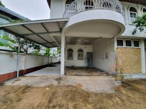 ขายบ้านสุขุมวิท อโศก ทองหล่อ : ขายด่วน บ้านเดี่ยว ย่านอโศก พร้อมพงษ์