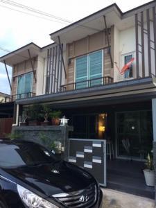 For RentTownhouseSamrong, Samut Prakan : Rent 18,000 baht per month Project name Baan Pruksa Prime Srinakarin-Bangna ** Pets allowed **