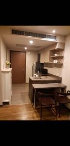 For RentCondoSapankwai,Jatujak : Condo for rent, cheap price, Onyx Phahon Yothin, spacious room, ready to move in