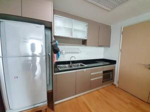 เช่าคอนโดสุขุมวิท อโศก ทองหล่อ : Hot deal !! Nice 2 bedroom for rent nearby BTS Ekkamai