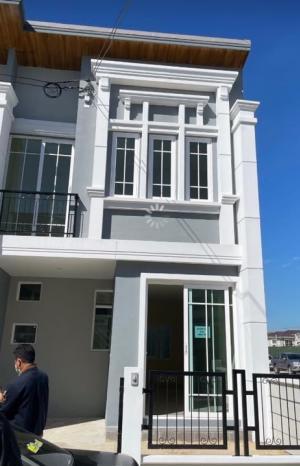 เช่าทาวน์เฮ้าส์/ทาวน์โฮมสำโรง สมุทรปราการ : ทาวน์เฮ้าส์ใหม่ให้เช่า Goldentown Sukhumvit Lasalle