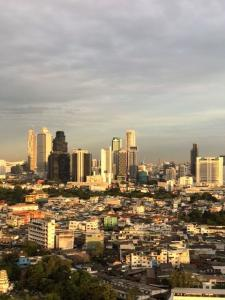 For RentCondoSathorn, Narathiwat : 1 bedroom corner suite on 28th floor. Great natural breeze, close to Surasak BTS Free suite disinfection service by using UV Ozone light before moving in
