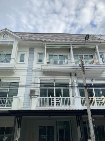 For RentTownhouseRama9, RCA, Petchaburi : H0007-A 😊 For RENT ให้เช่า ทาวน์เฮ้าส์  3 ชั้น,🚪3 ห้องนอน 🏢 The Metro พระราม 9 🔔พื้นที่บ้าน:20.00ตร.วา🔔พื้นที่ใช้สอย:240.00ตร.ม.*โดยประมาณ💲เช่า:26,000฿📞O86-454O477, O99-5919653 ✅LineID:@sureresidence
