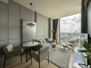 เช่าคอนโดวิทยุ ชิดลม หลังสวน : 28 Chidlom, High Floor, Breathtaking View, Good Price