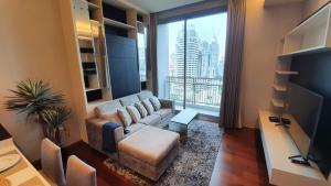 เช่าคอนโดสุขุมวิท อโศก ทองหล่อ : Urgent Rent ++ Quattro By Sansiri++ Modern Decor ++ High Floor ++ BTS Thonglor ++ Available @ 35000 🔥🔥