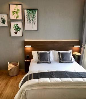 For RentCondoPattaya, Bangsaen, Chonburi : 💥Big room, sea view, like a 5-star hotel💥,Condo for rent The Zea Sriracha, in front of the project on Sukhumvit Road Behind the sea, convenient to travel Size 35 sq.m., 31st floor💰 Rental price: 13,500 baht / month