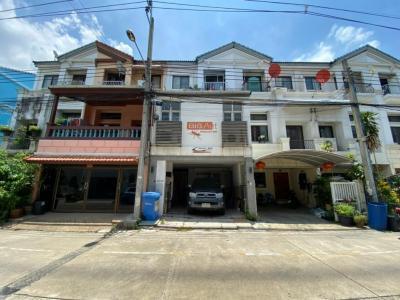ขายทาวน์เฮ้าส์/ทาวน์โฮมรัชดา ห้วยขวาง : ขาย ทาวน์โฮม บ้านกลางเมือง รัชดา-เหม่งจ๋าย 2 แยกสถานทูตลาว