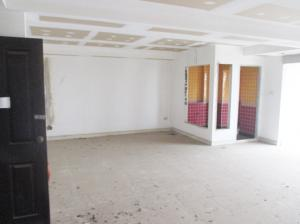 For SaleCondoPattanakan, Srinakarin : 9 Karat Condo in Pattaya for SALE - Large Studio for Sale (As is)