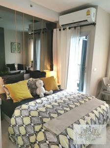 For RentCondoBang Sue, Wong Sawang : For rent Chapter One Shine Bangpo, near MRT Bangpo