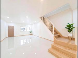 ขายทาวน์เฮ้าส์/ทาวน์โฮมอ่อนนุช อุดมสุข : ขายบ้านโมเดิร์นมินิมอล รีโนเวทใหม่สวยๆ ย่านอุดมสุข