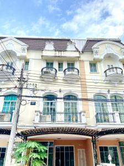 For RentTownhouseRama9, RCA, Petchaburi : H0006-A 😊 For RENT ให้เช่า ทาวน์เฮ้าส์  3 ชั้น,🚪3 ห้องนอน 🏢 The Metro พระราม 9 🔔พื้นที่บ้าน:18.00ตร.วา🔔พื้นที่ใช้สอย:216.00ตร.ม.*โดยประมาณ💲เช่า:24,000฿📞O86-454O477, O99-5919653 ✅LineID:@sureresidence
