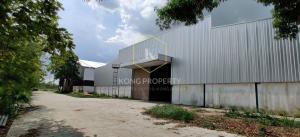 เช่าโกดังพัทยา บางแสน ชลบุรี ศรีราชา : ให้เช่าโกดัง ติดถนน 331 อ.พนัสนิคม จ.ชลบุรี  พื้นที่ 6,400 ตร.ม. (เเบ่งเช่า) Warehouse for rent, next to 331 Road, Phanat Nikhom District, Chonburi Province.