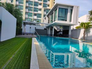 ขายคอนโดพัทยา บางแสน ชลบุรี : คอนโดพร้อมอยู่ The Green Boulevard Condo Pattaya อ.บางละมุง จ.ชลบุรีของแถม15 รายการ
