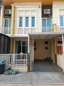 For SaleTownhouseLadkrabang, Suwannaphum Airport : LBH0222 2 storey townhouse for sale, Golden Town Village 2, On Nut-Lat Krabang.