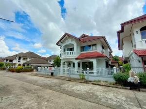 For RentCondoChiang Mai : 2 storey house for rent near Big C Mae Hia, Chiang Mai - Hang Dong