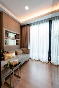 ขายดาวน์คอนโดมีนบุรี-ร่มเกล้า : ขายเท่าทุน ชั้น 2  พื้นที่ 30 ตร.ม. ห้องมุม 1 Bed Plus 1.77 ล้าน