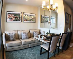 For RentCondoSathorn, Narathiwat : FOR RENT Noble Revo Silom 1 bedroom 1 bathroom high floor THB 19,000.-
