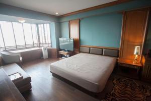 เช่าคอนโดเยาวราช บางลำพู : Juldis River Mansion ห้องสตูดิโอริมแม่น้ำเจ้าพระยาย่านสามเสน ห้องกว้าง วิวสวยมากกก 🔥 For Rent 🔥